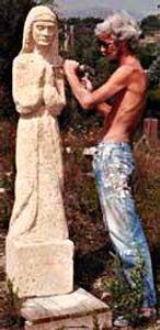 """Vierge"" en pierre du Gard Taille directe"