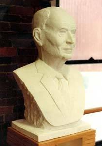 Buste du général Doriot Boston