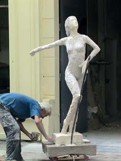 Modelage d'une sculpture en plâtre (mai 2008)