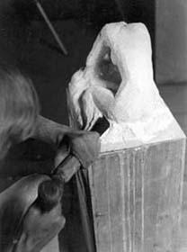 Sculpture en pierre Taille directe