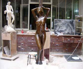 2005 - Statue en bronze Cette sculpture est une