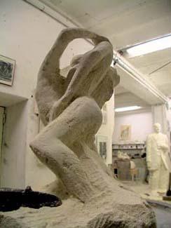 """""""Eternidad"""" dans l'atelier du sculpteur """"Le Chant de la Pierre"""""""