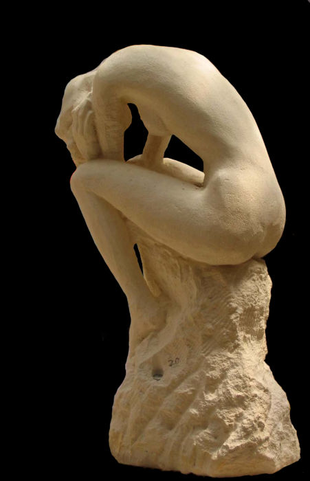 La statue en pierre d'estaillade