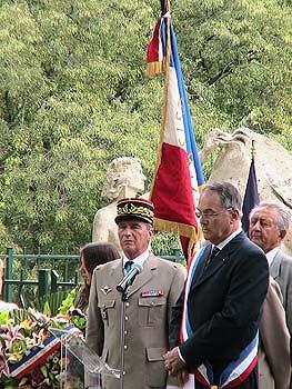 Commémoration devant le Monument de Résistance de l'Est-Varois Collection publique