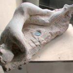 """Comme les deux autres opus de ces """"Nuages"""", cette oeuvre est unique et a été sculptée en taille directe."""