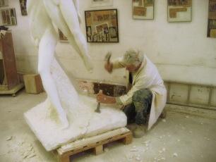 10-12-2007 : travail sur la base de la sculpture.