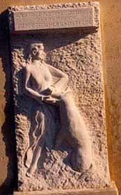 Bas-relief de l'Ecole de Roquesteron, Var