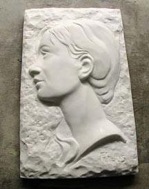 Portrait en bas-relief