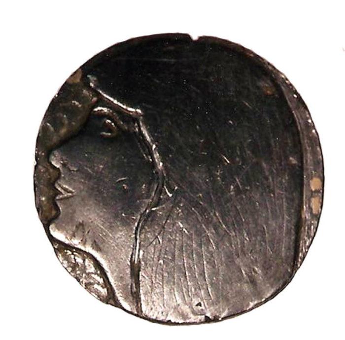 La médaille en plomb d'Annie