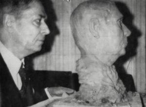 Buste de Jean-Michel Renaitour