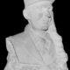 Le buste en pierre du Général le Flem