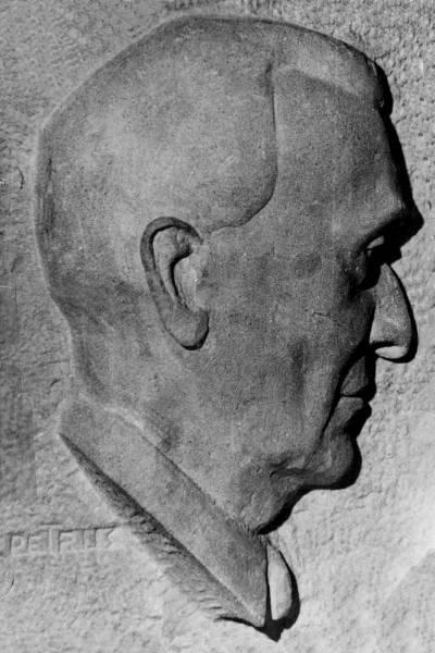 sculpture funéraire