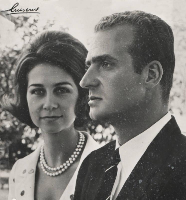 Les portraits de LAR Juan Carlos et Sophie d'Espagne