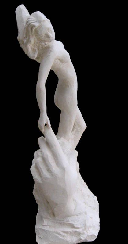 La Naissance d'Eve, une sculpture en taille directe