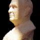 buste de M. André Léotard, maire de Fréjus