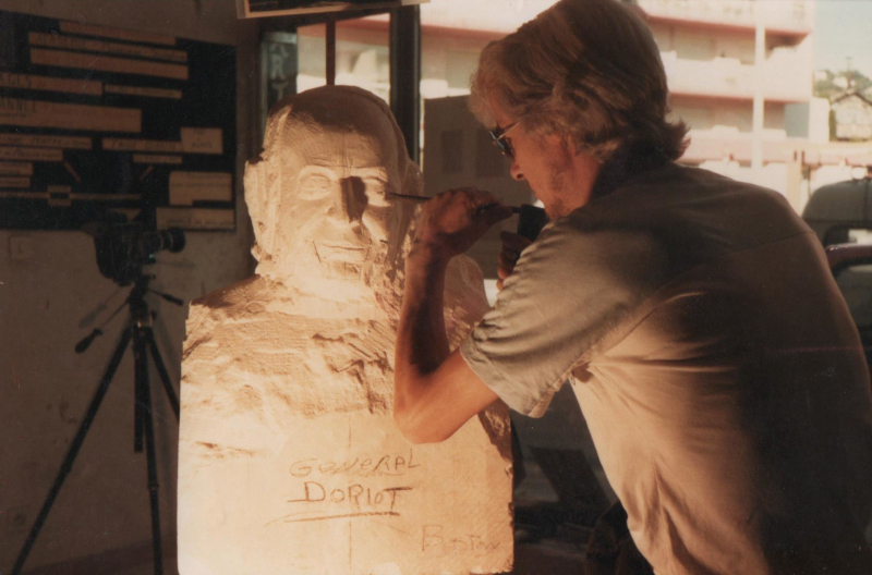 Création d'un buste en pierre