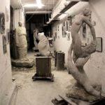 """05/03/2008 Une vue de l'atelier, avec notamment """"La Vierge à l'Enfant"""" et """"Le Cantique des Cantiques"""""""