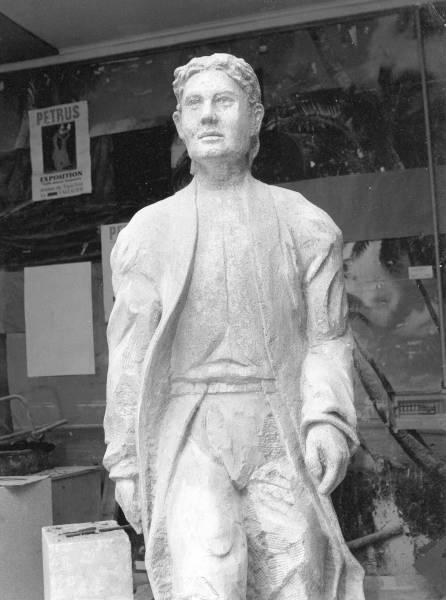 Statue en pierre de Christophe Busagno - Détail