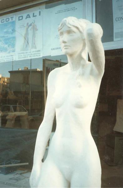 Statue en pierre : les détails