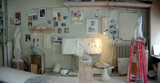 12/04/2006 : vue panoramique de l'atelier du sculpteur à Paris