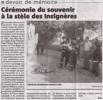 Hommage aux victimes du feu devant le monument du souvenir