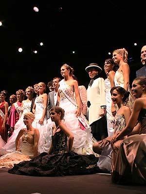 Anaïs Governatori vient d'être élue Miss Côte d'Azur 2009