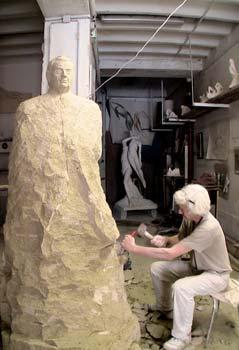 Création du bras gauche de la statue