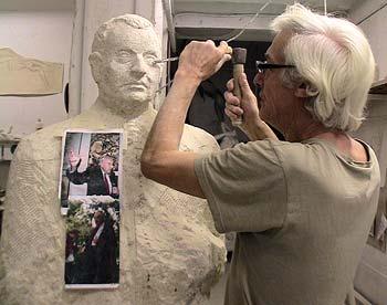 La statue dans l'atelier du sculpteur