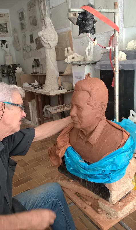 travail sur les détails du visage du buste