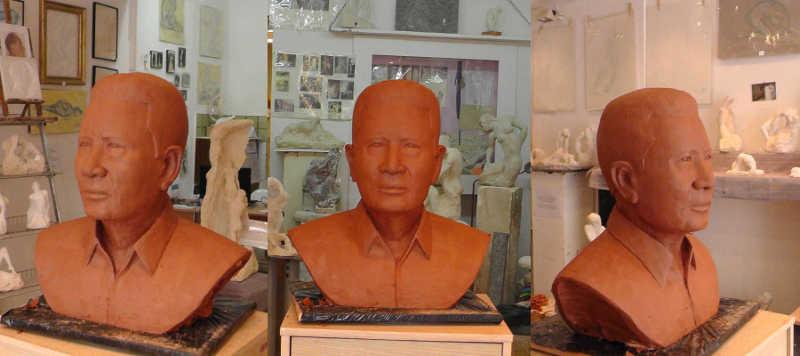 le buste avant son départ pour la fonderie