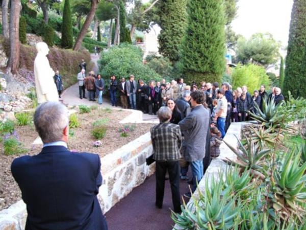 L'inauguration de la statue le 15 novembre 2009