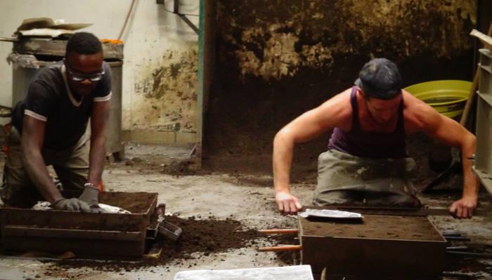 Création d'un bronze : la fonte au sable