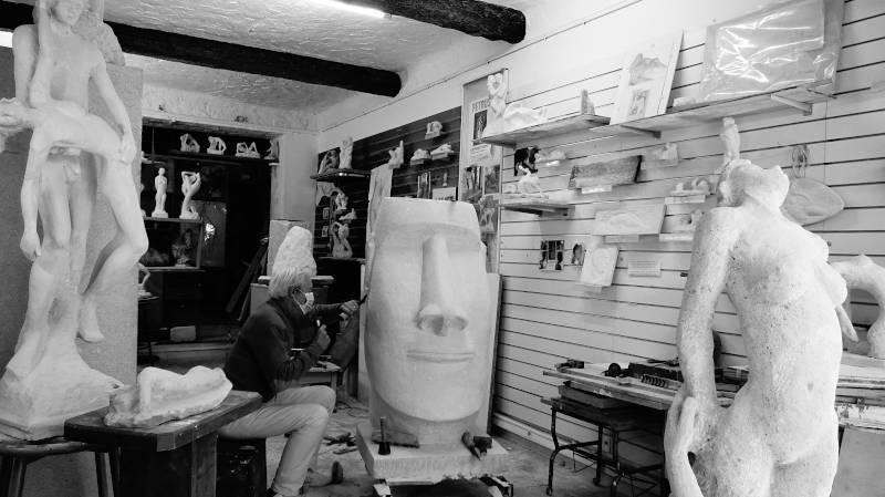Sculpture tête Moaï